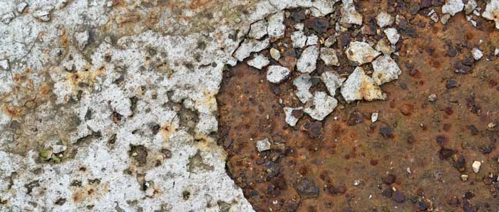 Spalling Cracks